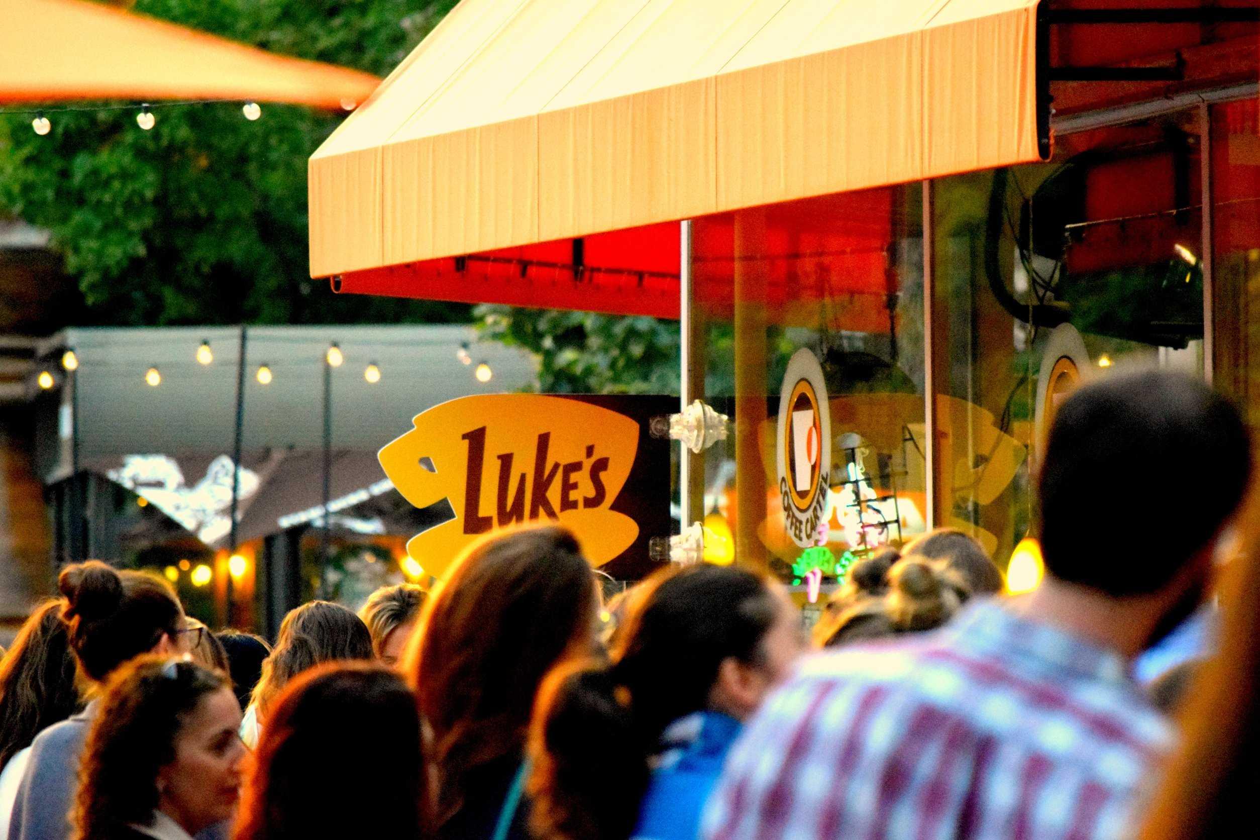 Netflix+hosts+pop-up+Luke%27s+Diner