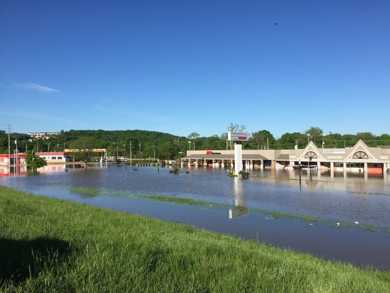 Rains+cause+record+flooding+in+Eureka.+The+Meramec+River+crested+at+roughly+46+feet%2C+causing+RSD+to+cancel+school+for+four+days.