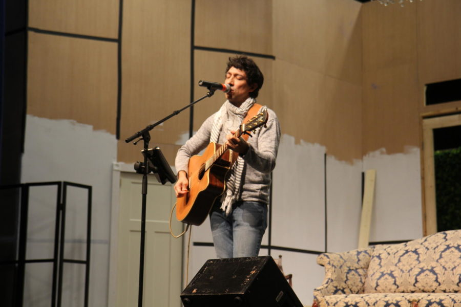 Photo Gallery and Interview: Javier Mendoza Concert