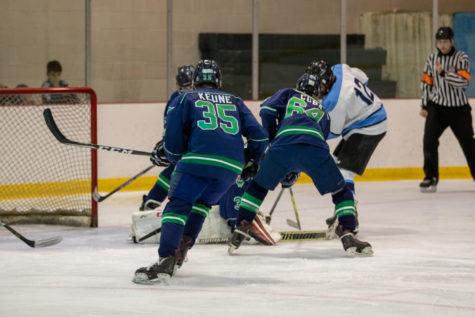 Varsity Hockey Starts Season with a Bang