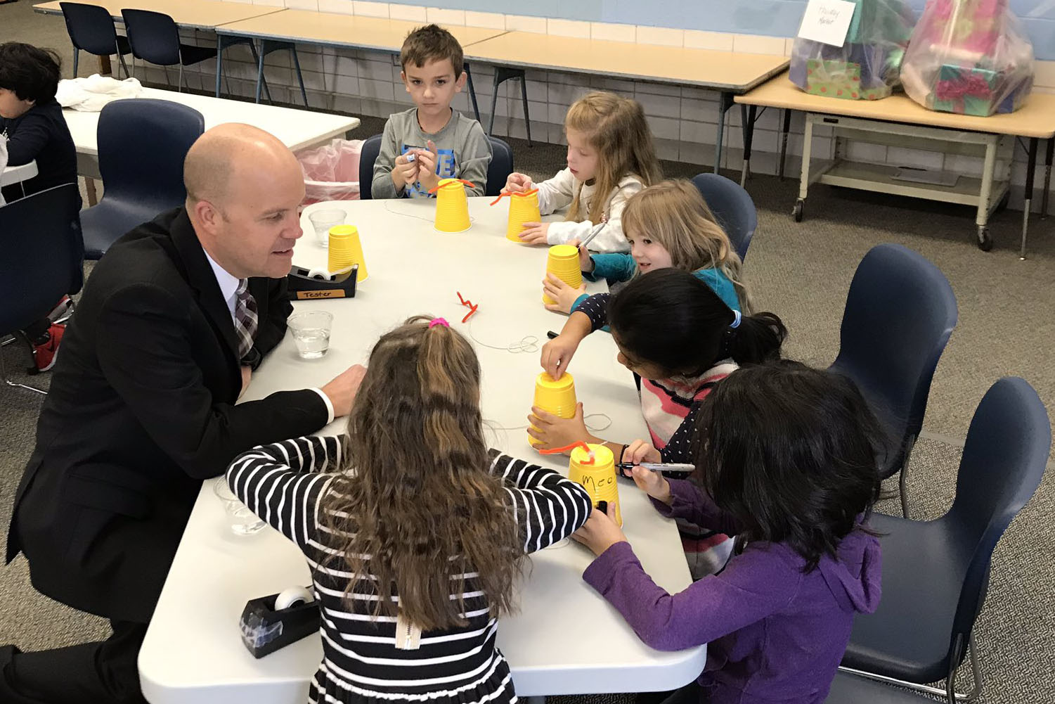 Dr. Mark Miles engages with kindergarten students in his current district, Indian Hills Exempted Village School District. Dr. Miles will become Rockwood's new superintendent on July 1.