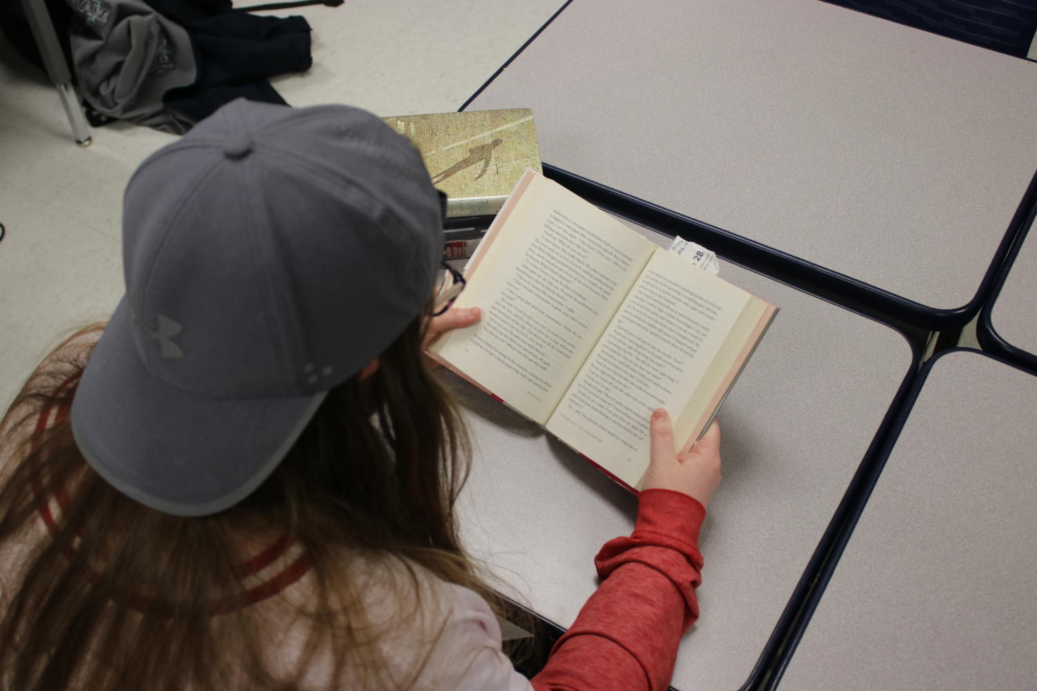 As people get older they are less likely to continue reading for pleasure. The teachers and administration should do more to promote recreational reading among high school students.