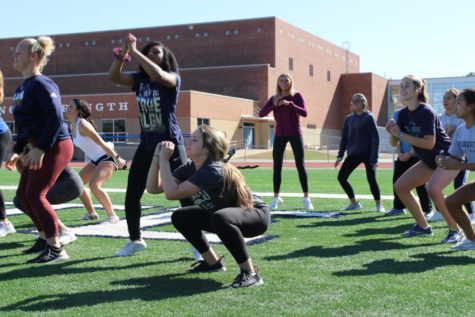 Varsity Cheer Continues Second Year of Strength Training Curriculum