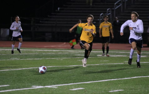 Varsity Soccer Ends Season in District Semifinal