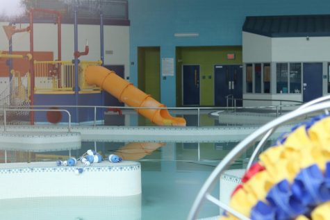 While some St. Louis County businesses were permitted to reopen Monday, May 18, all gyms, fitness centers, playgrounds and pools are still prohibited from reopening. This has caused concern among some students who work summer jobs at these facilities.