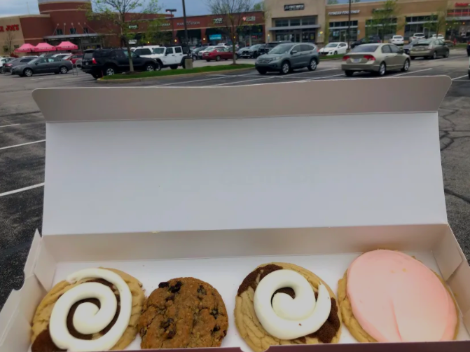 Crumbl Cookies in Des Peres opened on Oct. 29, 2020, but recently began to gain more popularity due to publicity on Tik Tok. The business sells four different specialty cookies each week, along with the staple Milk Chocolate Chip and Chilled Sugar cookies.
